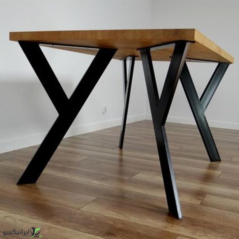 میز ناهار خوری چوب و فلز مدل وای